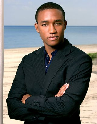 1376945976_lee-thompson-young-467