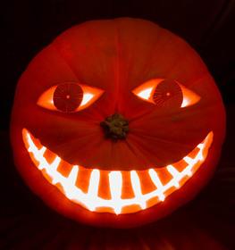 Halloween2005_mrsmilely2_2